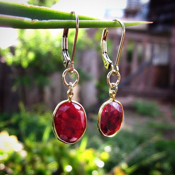 Absolutely Breath-Taking Beautifully Faceted, Oval Shape Rubies. GENUINE, Natural Ruby Earrings-- 10 ct. Total Weight