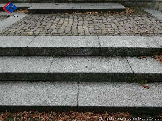 NatursteinTrittstein