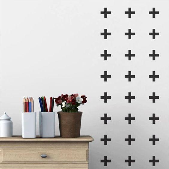 Resultado de imagem para cruz formada com fita isolante diy