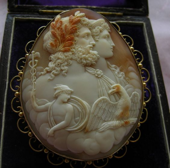 """Circa 1850 """"Zeus and Hera"""" Cornelian Shell Cameo in 15k Gold Frame, Italy -  frame is English."""