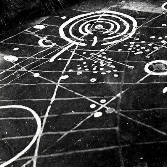 La piedra en un plano de 'The Devil's Plantation' (DevilsPlantation.co.uk)