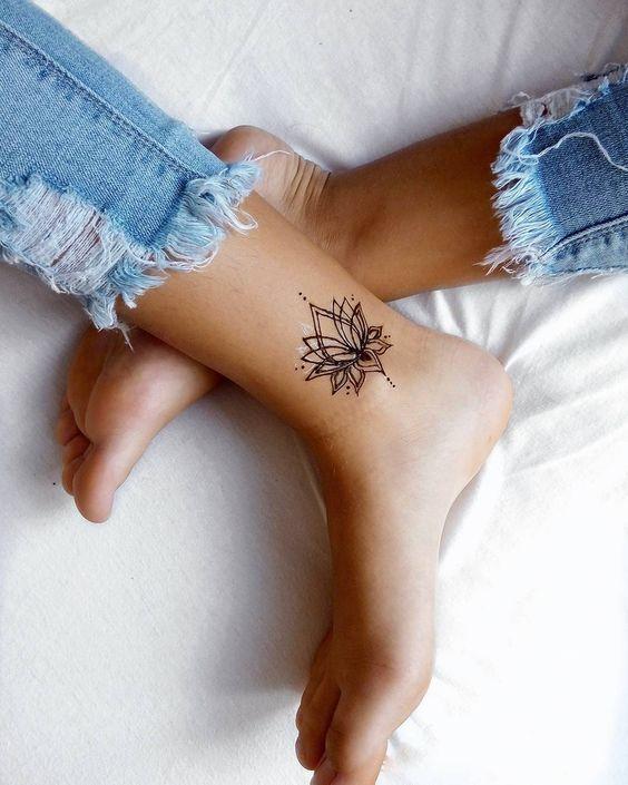 Tattoos klein frauen 20 Ideen
