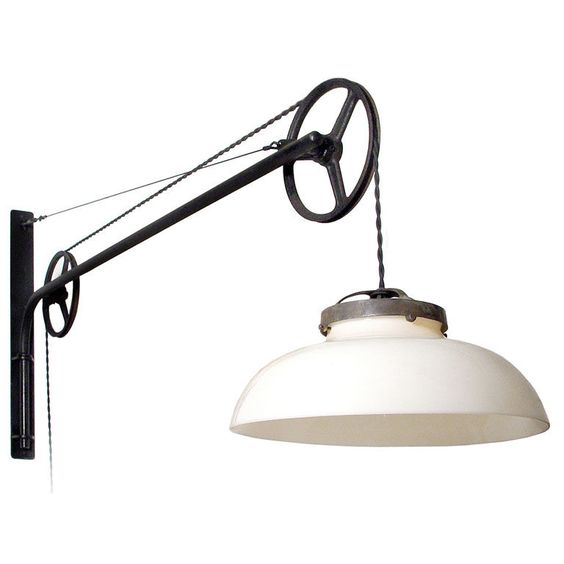 Double pulley swing arm lamp
