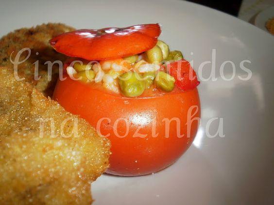 Cinco sentidos na cozinha: Tomates recheados com arroz de legumes