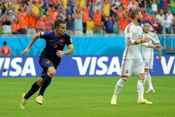 Espanha e Holanda jogam pela primeira rodada, em Salvador (© AP)