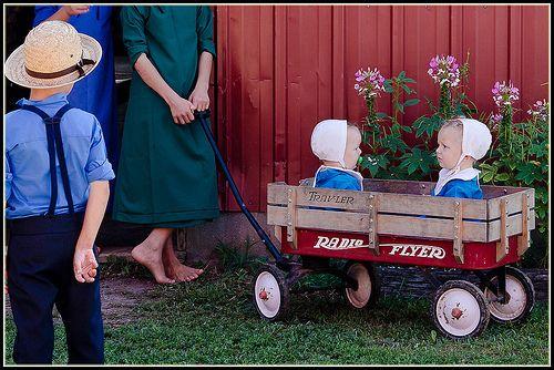 Amish transportation for little ones, Sturgeon Missouri.