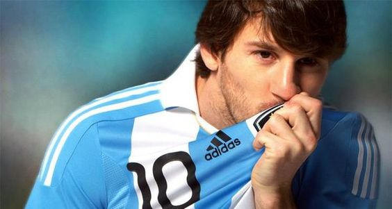 Lionel Messi Announces he will Return to Argentina National Team