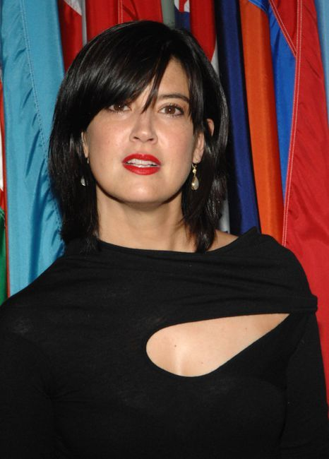 Phoebe Cates Pictures and Photos - Fandango