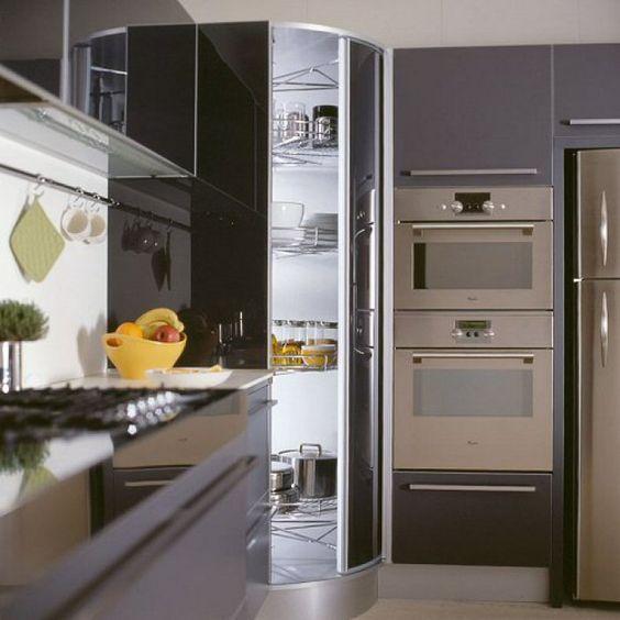 Dispensa ad angolo soggiorno cucine pinterest - Cucine con dispensa ad angolo ...