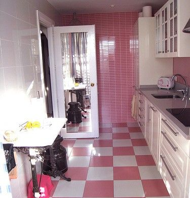 Cozinha-com-piso-xadrez-1-375x390.jpg (375×390)