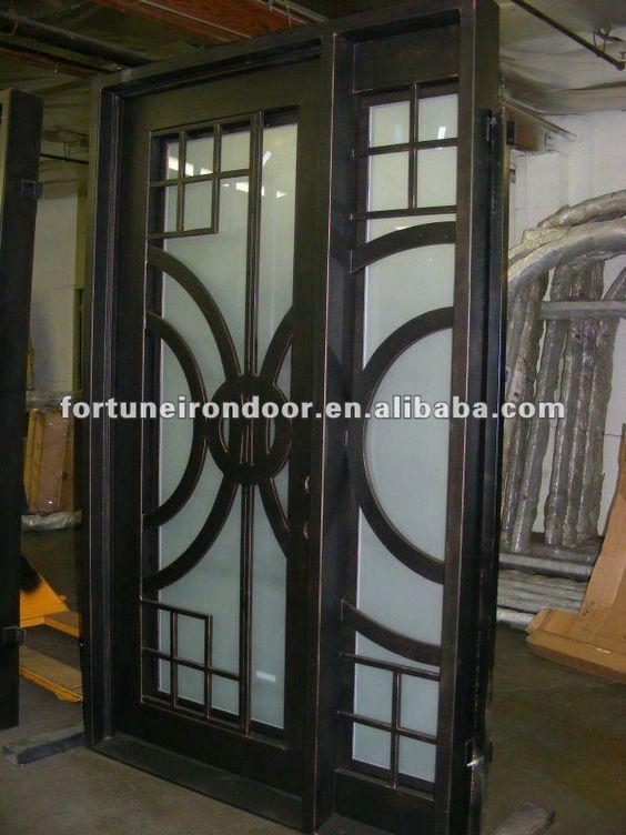 Puertas modernas entrada hierro madera y crital buscar for Puertas de metal con diseno