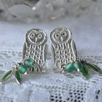 Three of my favourite things: owls, green, and jewellery.