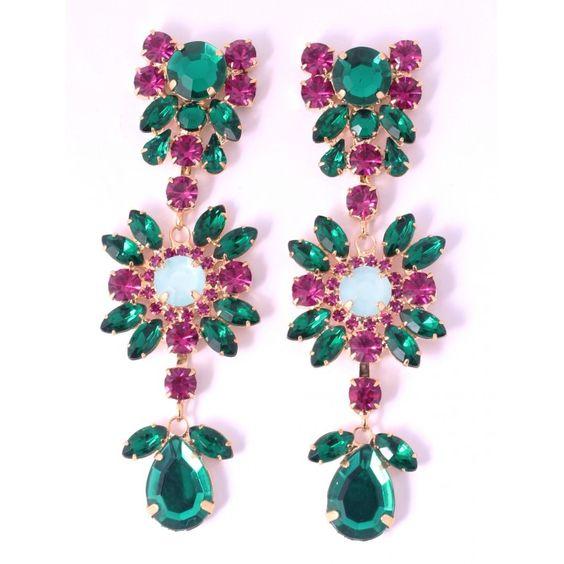 Brincos compedrarias verde esmeralda e fucsia. Banhado a ouro  comprimento 9,5 cm  largura 3cm  peso 14g cada ..