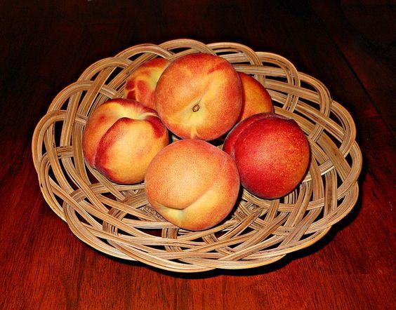 Melocotones, una fruta muy sana, sabrosa y versátil