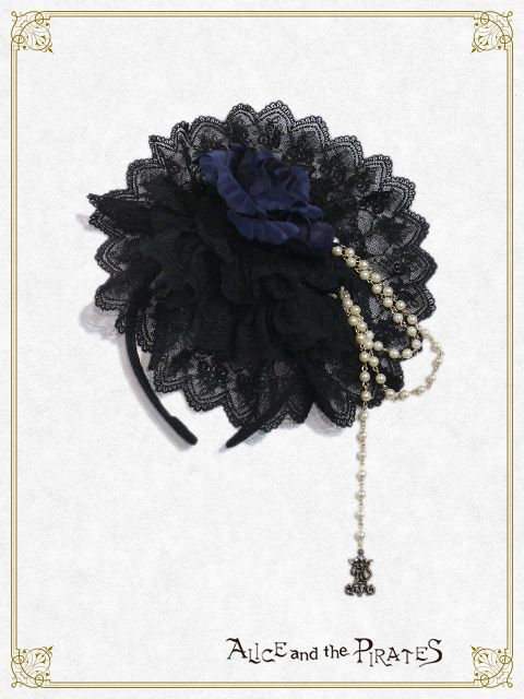 Alice and the Pirates Damsel in distress head bow