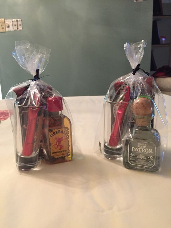 Party prizes for men