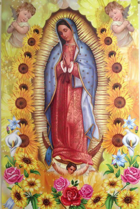 Virgin de Guadalupe with flowers