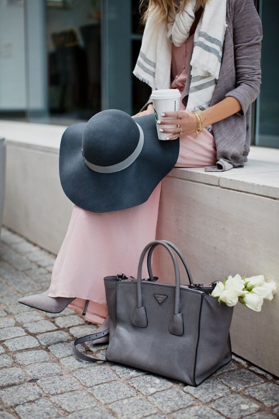 Elegance #hat #gray #PRADA #bag #pink