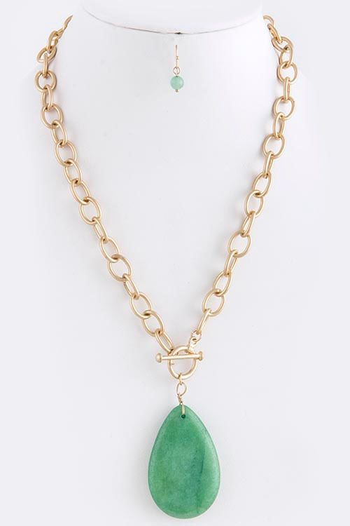 Shop Suey Boutique - NANCY NECKLACE, $18.50 (http://www.shopsueyboutique.com/nancy-necklace/)