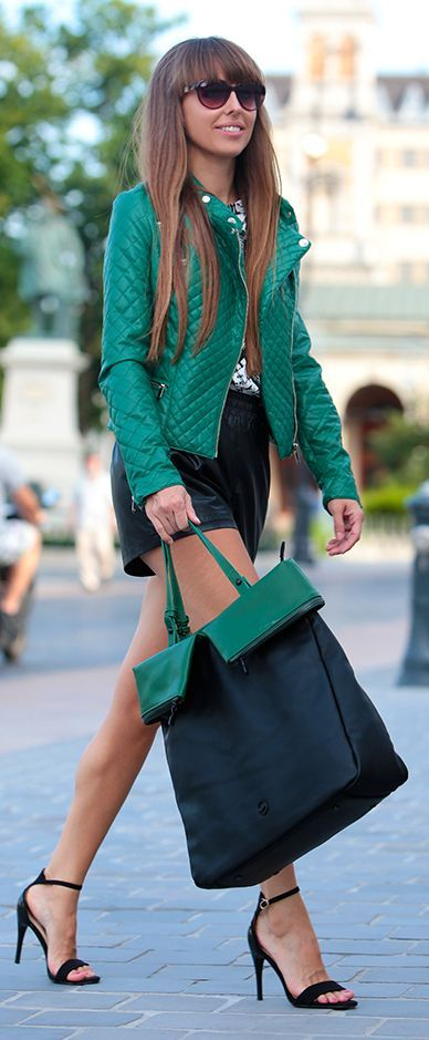 Festy In Style Green Details Outfit Street Fashion