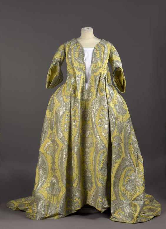 "This rare, robe volante, or ""flying dress,"" was recently purchased by Palais Galliera, a fashion museum in Paris. (1730s)"