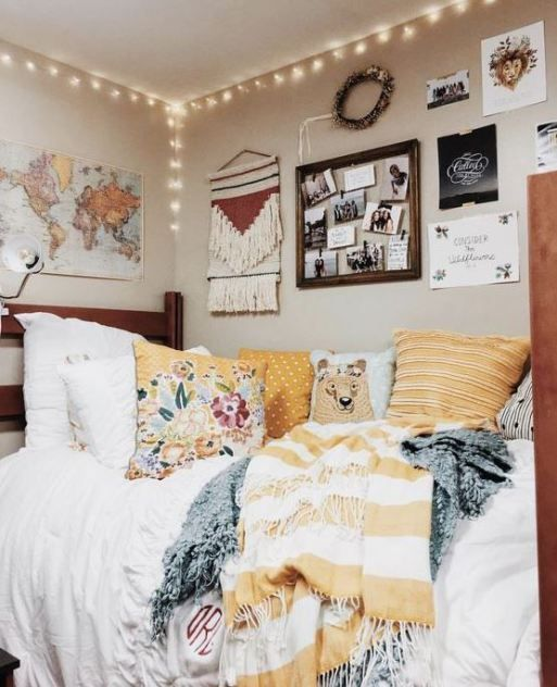 Loving These Cute Dorm Rooms And