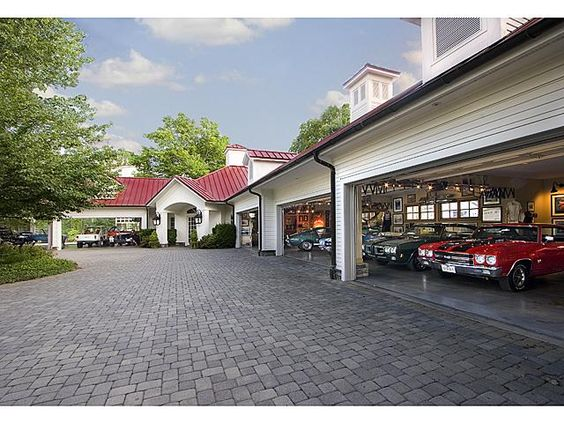 World 39 s most beautiful garages exotics insane garage for Attractive carport