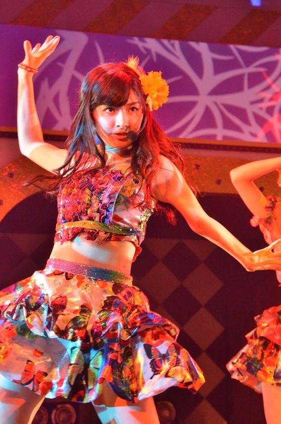 ダンスをしている武藤十夢