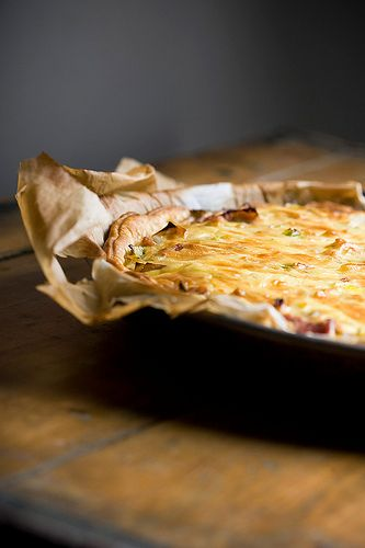 quiche with leeks, bacon and mustard