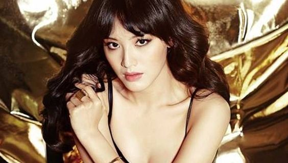 Rainbow's Jaekyung to act alongside Super Junior's Donghae in 'God's Quiz 4' | http://www.allkpop.com/article/2014/03/rainbows-jaekyung-to-act-alongside-super-juniors-donghae-in-gods-quiz-4