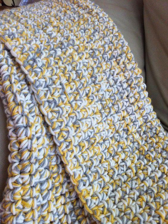 Easy Crochet Baby Blanket Tutorials : Baby blanket or floor mat. Very easy and quick triple yarn ...