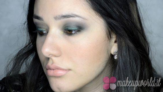 Green smokey eyes green lips makeup tutorial (12)