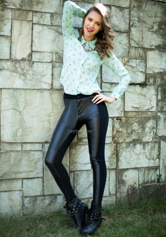 tight leather pants with a zip front to back | Black Leather Stitching Tight