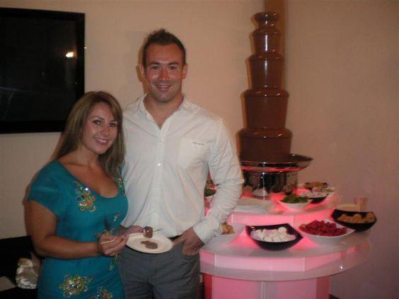 Para cumpleaños te llevamos una preciosa fuente de chocolate Bast