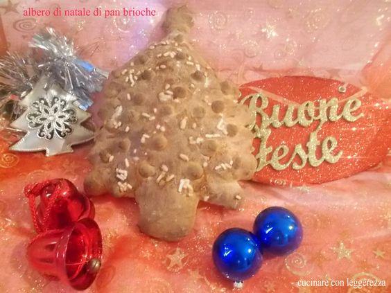 Albero di Natale di pan brioche fatto con lievito madre ripieno di confettura di prugne