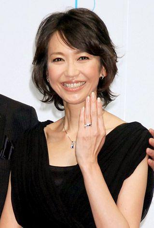 夫婦アワードを受賞した賀来千賀子