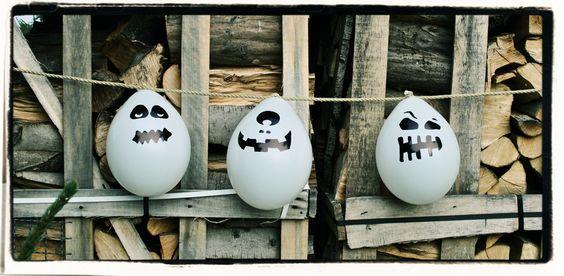 Halloween Bastelidee / Deko Idee - Gespenster Luftballons mit fiesen gruseligen Gesichtern
