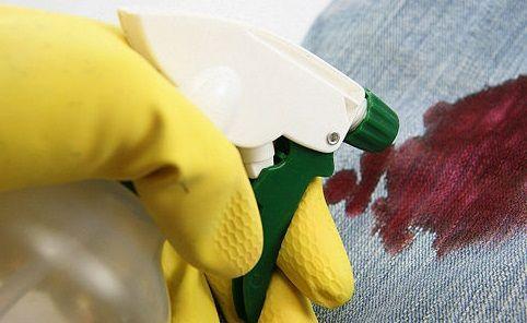 Los Mejores Trucos Para Saber Cómo Quitar Manchas De Sangre De La Ropa O Cualquier Lugar Fácilmente Si Necesitas Limpiar Esa Mancha Este Tips Can Opener Blog