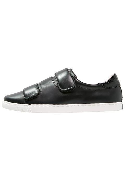 KIOMI Sneaker low - nero für 79,95 € (29.12.16) versandkostenfrei bei Zalando bestellen.