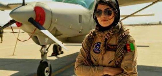 La Caja de Pandora: EEUU condecora a la primera afgana que se conviert...