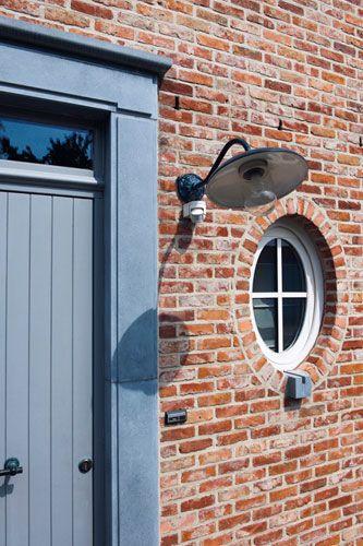 Glas boven voordeur + verlichting