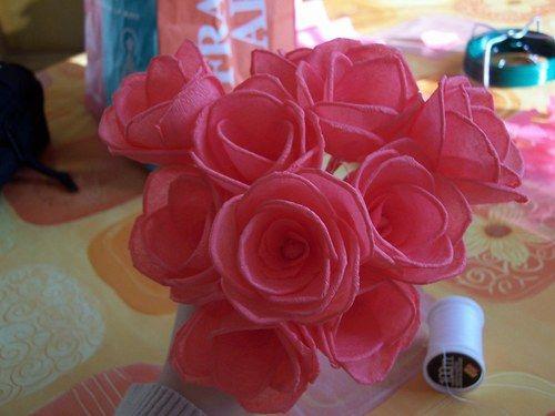 rose en papier cr pon album et roses. Black Bedroom Furniture Sets. Home Design Ideas