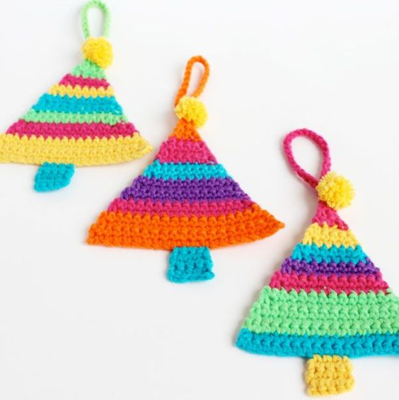 These brightly colored crocheted Christmas tree are so easy to make! Craft them in a jiffy and hang them on your tree!