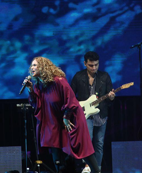Christine D Clario Emanuel Tour Noticias Alabanza Y Adoracion Eventos Musicales Canciones De Dios