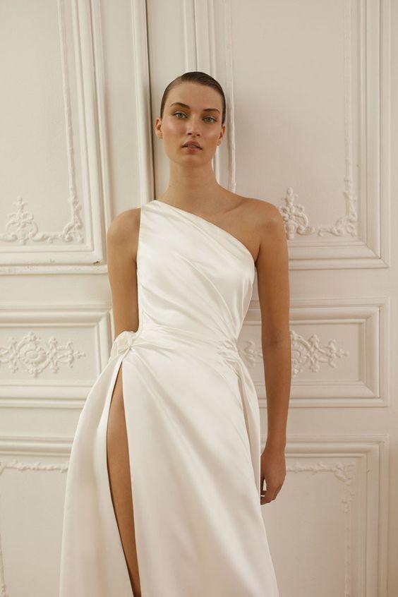 wedding dresses,  covid-wedding, micro wedding, elopement,  minimalist wedding dress
