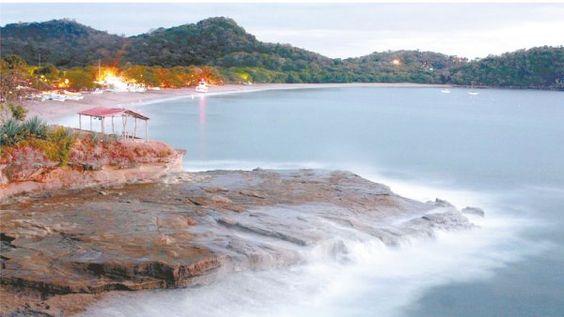 Playa Gigante Vista de Playa Gigante desde Punta del Arco.