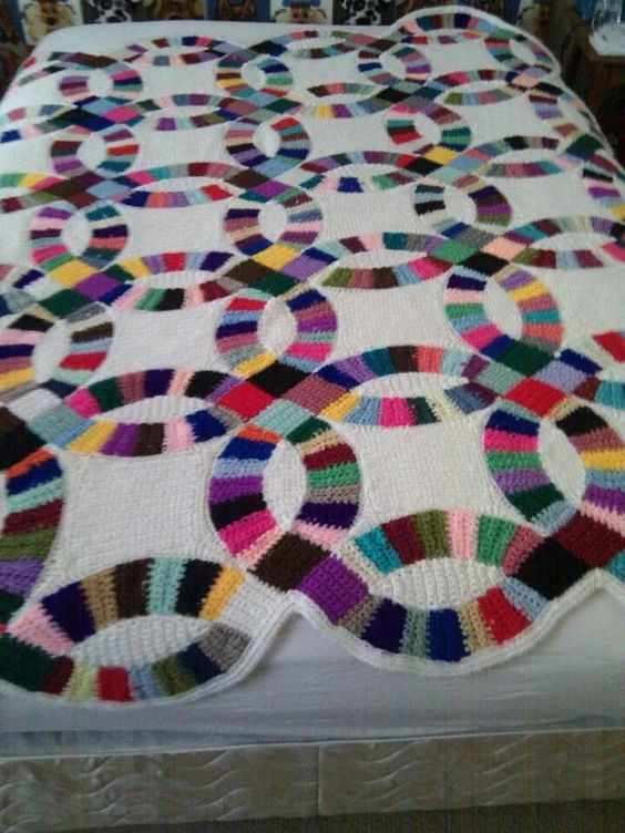 Wedding Ring Crochet Blanket Quilt Afghan Hooked On