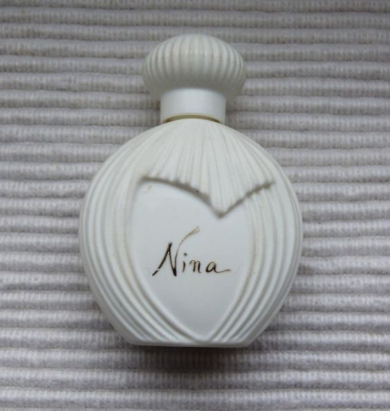 Nina de Nina Ricci : mini applicateur