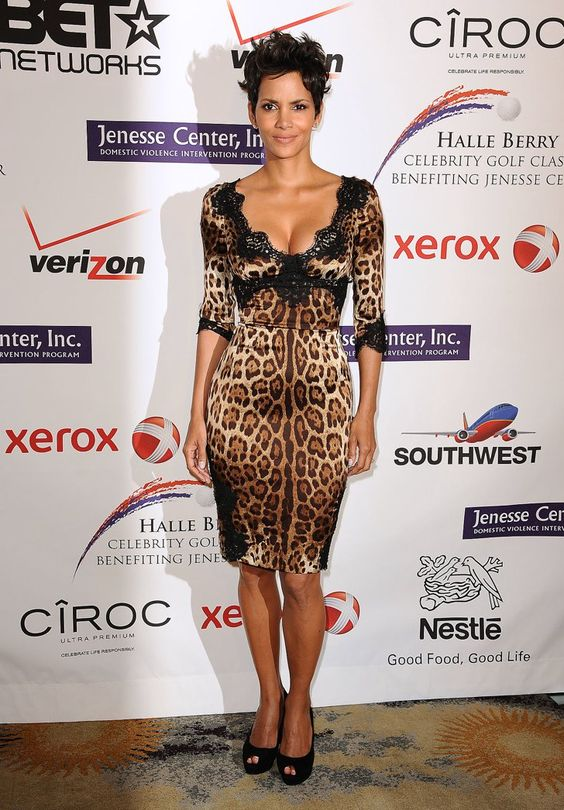 Pin for Later: We're Not Surprised Halle Berry's Lingerie Is This Sexy Halle Berry's Sexy Style