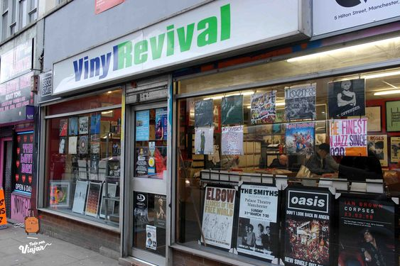 Vinyl Revival tour de Oasis en Manchester